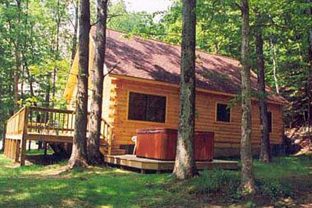 lead anchor hot golden cabin accommodations cabins s meadow tub wv the in photo goldenanchorcabins with com