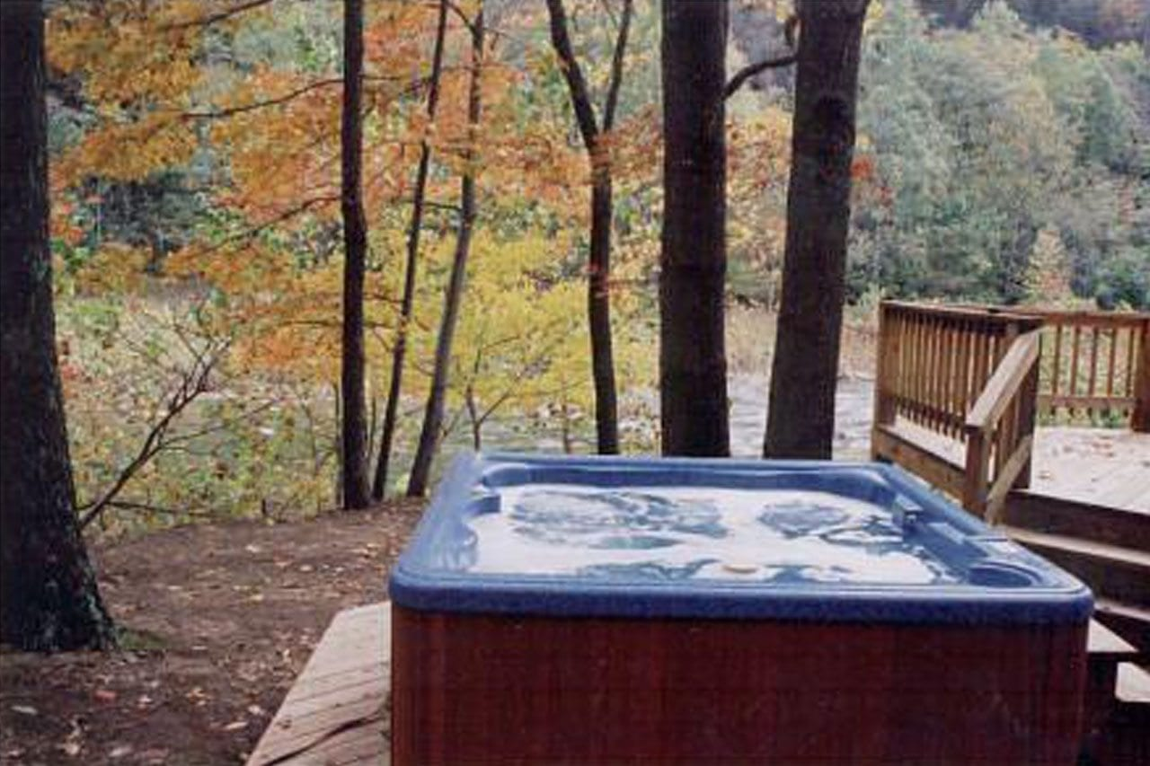 wv private cabin rent cabins tub deck hot rental wide with on the classic virginia accommodations for anchor golden in west