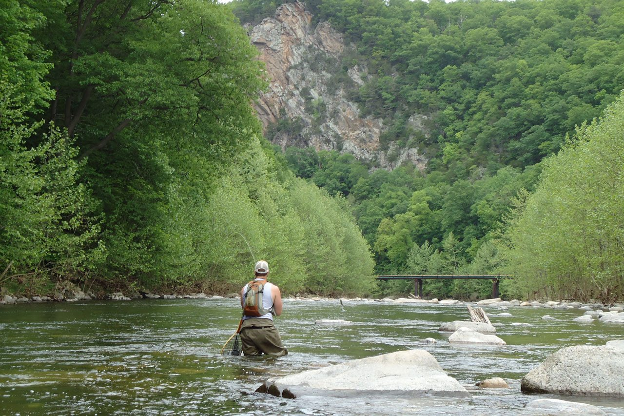 fisherman in private stream access